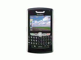 黑莓 8820