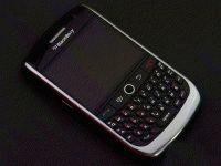 黑莓Curve R006
